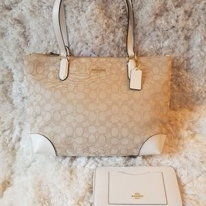 Coach Zip Tote/Signature Jaquard/White Leather